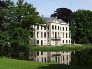 castle-780982_1920-300x225